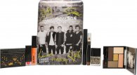 One Direction Take Me Home Make-up Gift Set 1 x Lip Gloss + 1 x Eyeshadow Palette + 1 x Lipstick + 1 x Mascara + 1 x Nail Varnish + 1 x Decorator Stensil + 1 x Eye and Body Crayon + Tin