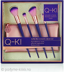 Q-KI Essential Brush Travel Kit Gavesett 4 x Koster + Make Up Bag