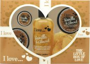 I Love... The Little Box of Love Vanilla and Almond Gavesett 250ml Bad & Dusjkrem + 50ml Body Butter + 50ml Sukkerskrubb + 15ml Leppebalm